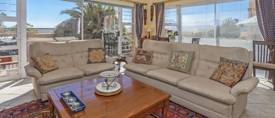 35_MG_4875 - 5 Bedroom Guesthouse – Gordons Bay – Mountainside