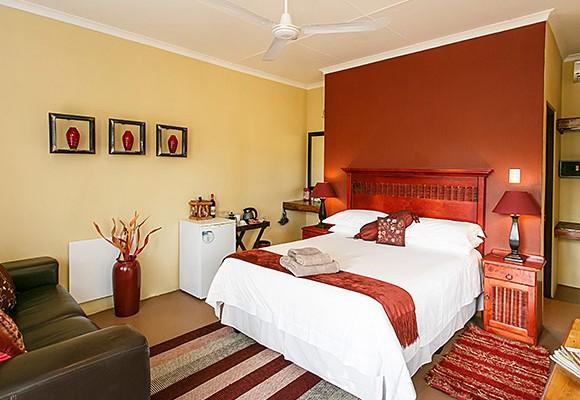 6 - 8 Room Guesthouse – Oudtshoorn