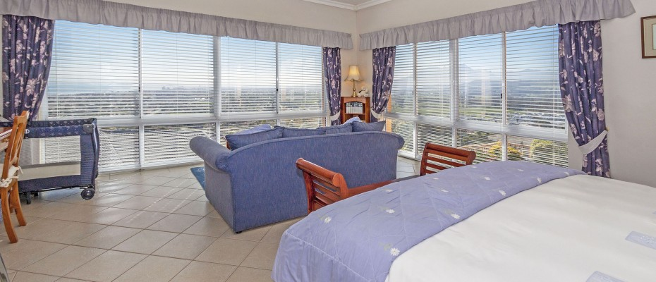 62_MG_4921 - 5 Bedroom Guesthouse – Gordons Bay – Mountainside