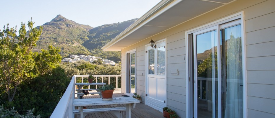 Beach House - Large-46 - Popular Guesthouse Located on Hout Bay beach, 9 rooms plus Owner's apartment and Manager's room