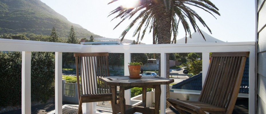 Beach House - Large-47 - Popular Guesthouse Located on Hout Bay beach, 9 rooms plus Owner's apartment and Manager's room