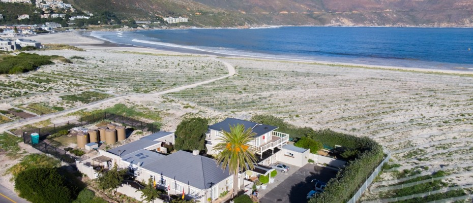 Beach House - Large-61 - Popular Guesthouse Located on Hout Bay beach, 9 rooms plus Owner's apartment and Manager's room