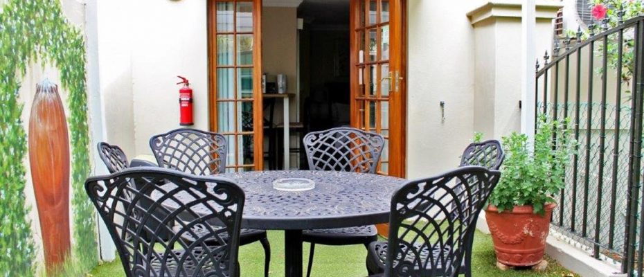 Picture (18) - Guesthouse – situated in a English country garden – Montagu – Western Cape