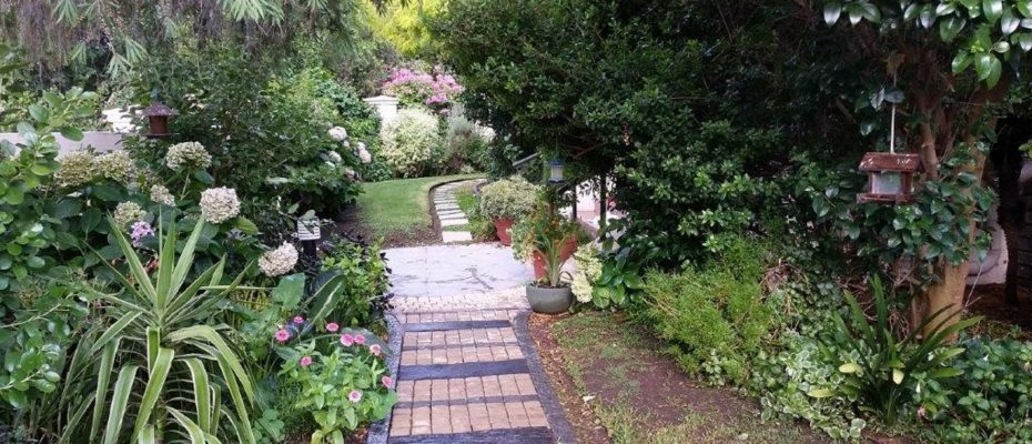 Picture (31) - Guesthouse – situated in a English country garden – Montagu – Western Cape