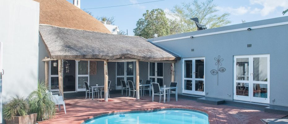 Pool area 2 - Robertson – 4 star Contemporary Boutique Guest House – 7 guestrooms on spacious 2013 m2 double plot offering additional room to expand