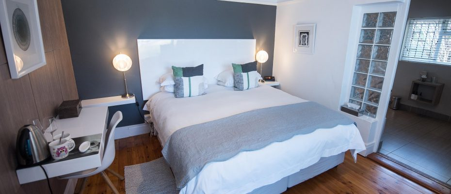 standard room 3 - Robertson – 4 star Contemporary Boutique Guest House – 7 guestrooms on spacious 2013 m2 double plot offering additional room to expand