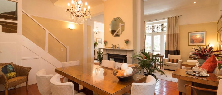 1 (13) - Charming B&B – 4 Guest rooms and Owners Suit – Gardens – Cape Town