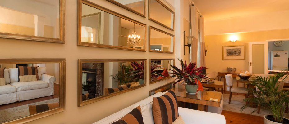 1 (16) - Charming B&B – 4 Guest rooms and Owners Suit – Gardens – Cape Town