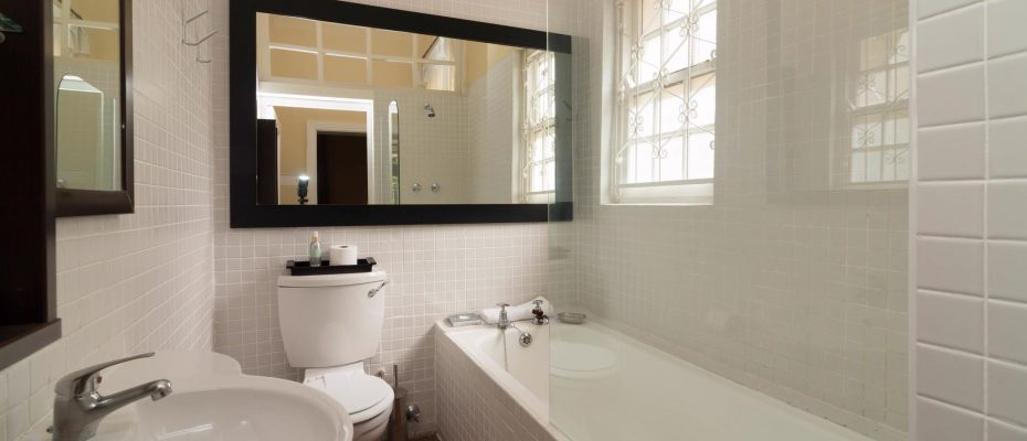 1 (20) - Charming B&B – 4 Guest rooms and Owners Suit – Gardens – Cape Town