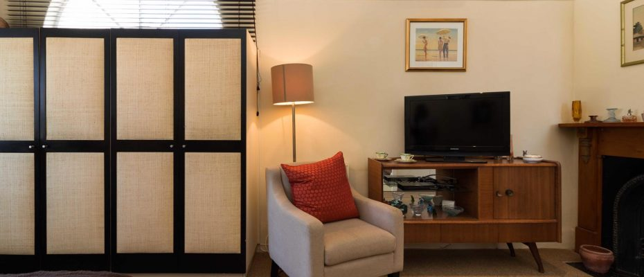 1 (30) - Charming B&B – 4 Guest rooms and Owners Suit – Gardens – Cape Town