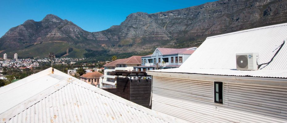 1 (31) - Charming B&B – 4 Guest rooms and Owners Suit – Gardens – Cape Town