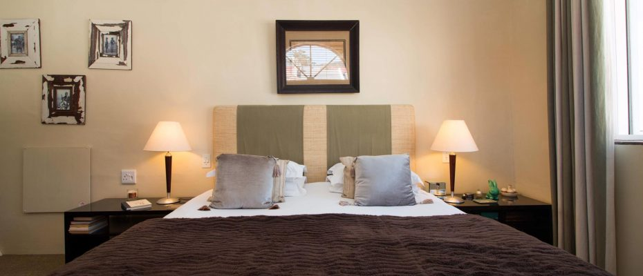 1 (34) - Charming B&B – 4 Guest rooms and Owners Suit – Gardens – Cape Town