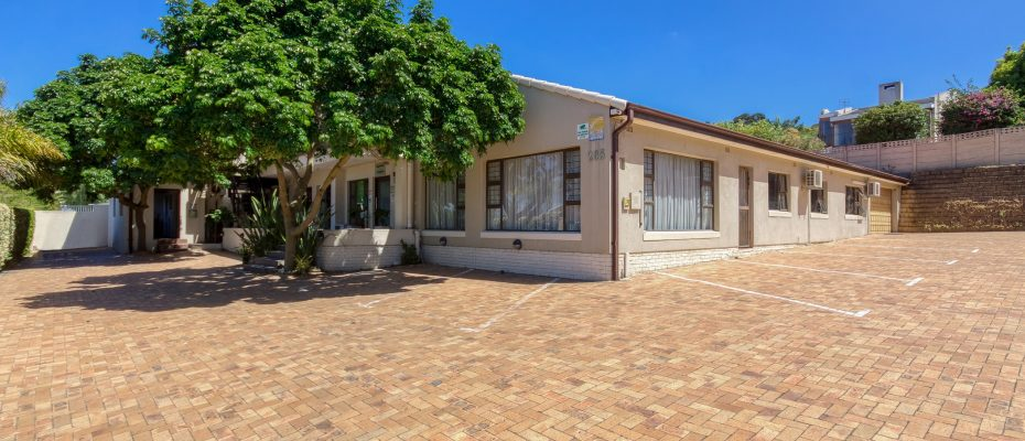 265 Uys Krige Dr Loevenstein LOWRES-1 - 3 star guesthouse with 8 semi self-catering guestrooms and private spacious 2/3 bedroom owner's home