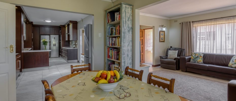 265 Uys Krige Dr Loevenstein LOWRES-13 - 3 star guesthouse with 8 semi self-catering guestrooms and private spacious 2/3 bedroom owner's home